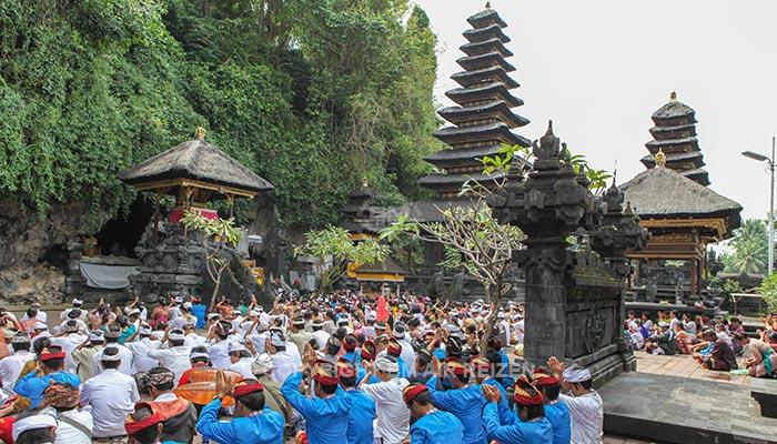 Goa Lawah tempel