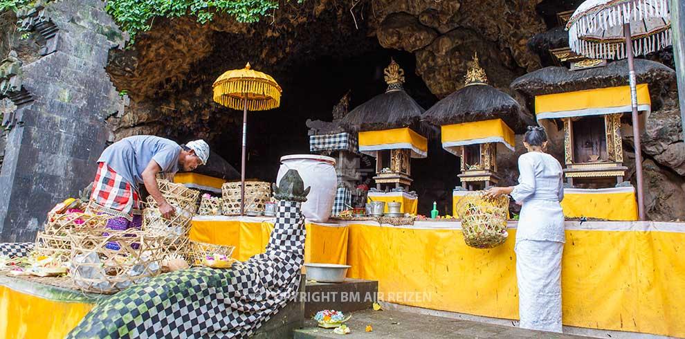 Bali - Goa Lawah