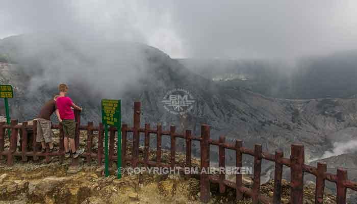 Java - Tangkuban Perahu vulkaan