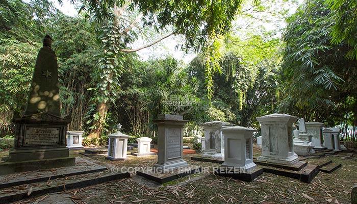kebun raya bogor - Nederlands kerkhof