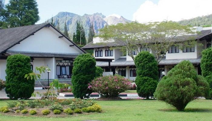 Berastagi - Sibayak Hotel