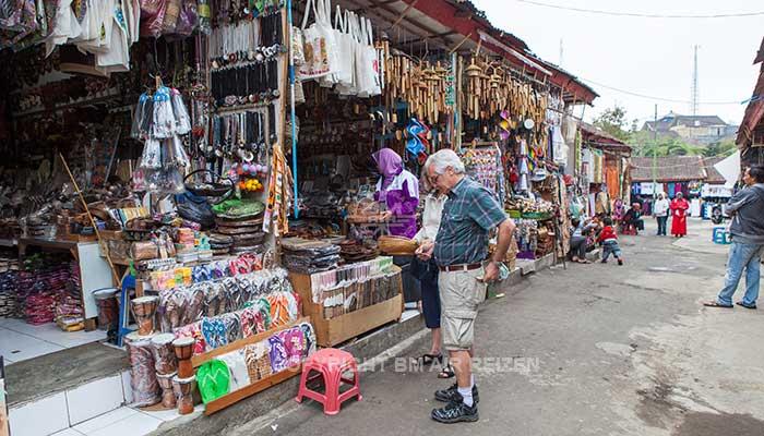 Bedugul - Candi Kuning markt