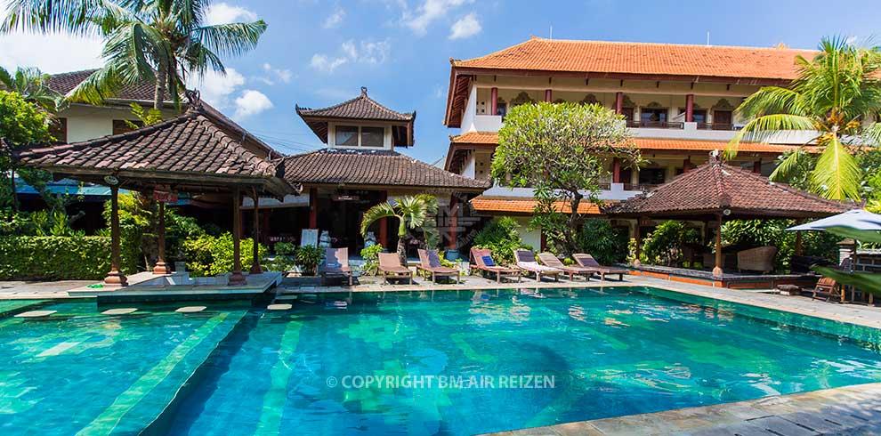 Kuta Beach - Bakung Sari Hotel