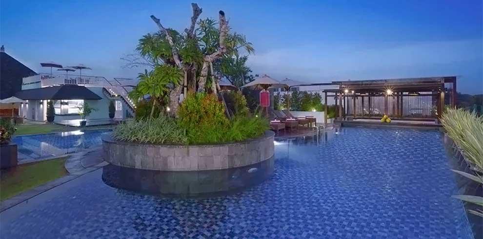 Kuta Beach - Favehotel Kuta Kartika Plaza