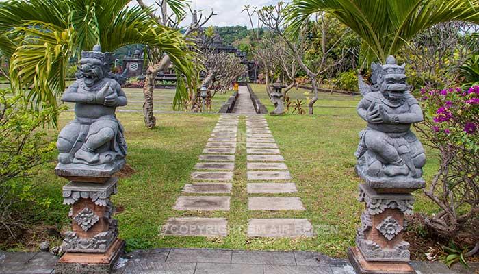 Bali - Brahma Vihara-Arama