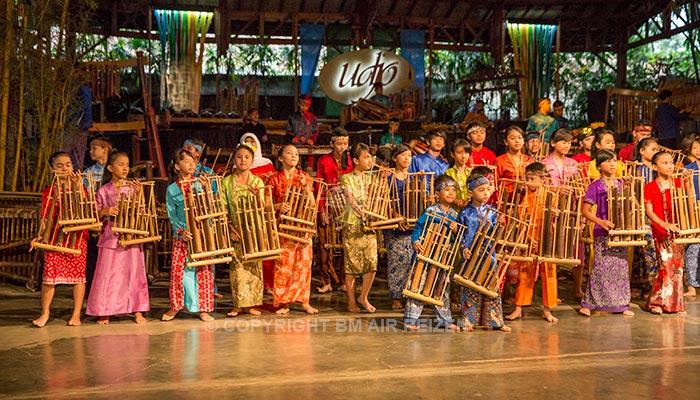 Bandung - Pak Udjo