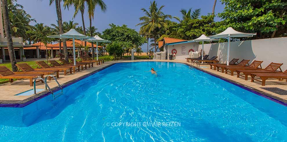 Negombo - Paradise Beach Hotel