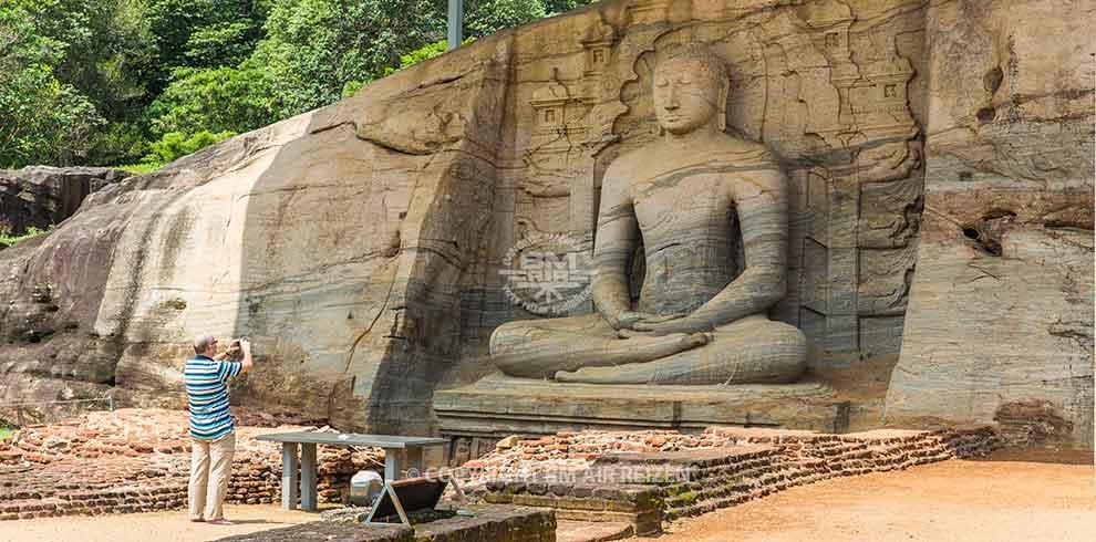 Polonnaruwa - Boeddhabeelden