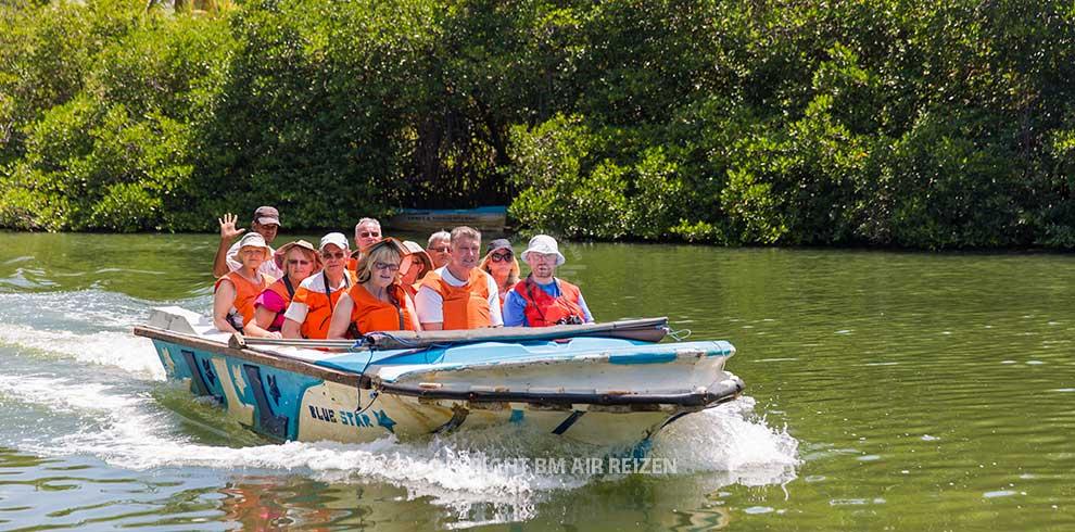 Boottocht Madu Ganga Wetlands