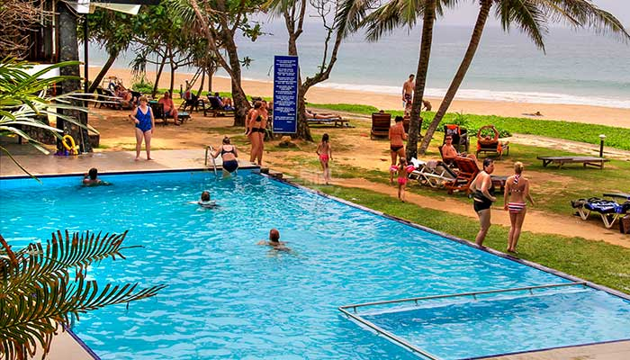 Rondreis Sri Lanka Best Deal - Zwembad van het Koggala Beach Hotel