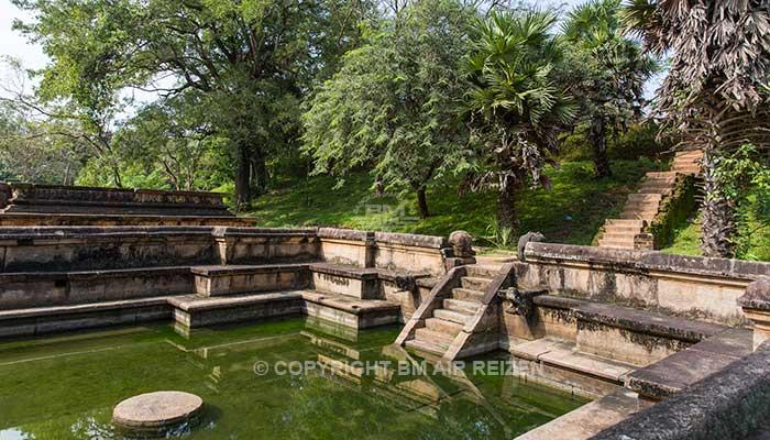 Polonnaruwa - Kumara Pokuna