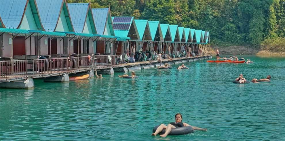 Khao Sok National Park - Smiley Lake House