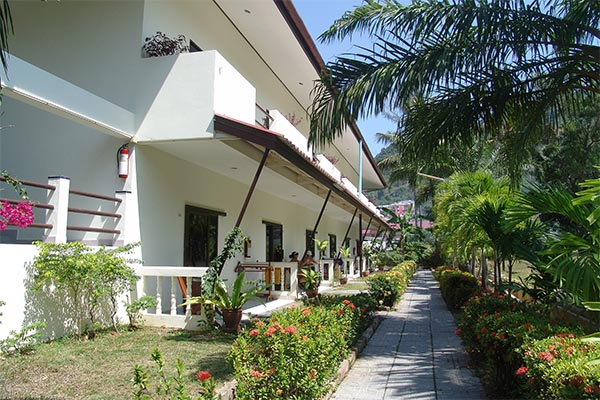 Patong Palace Hotel - Phuket - Deluxe Poolwing