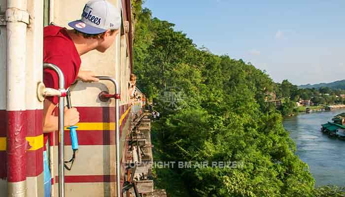 Kanchanaburi - treinreis oude spoorlijn